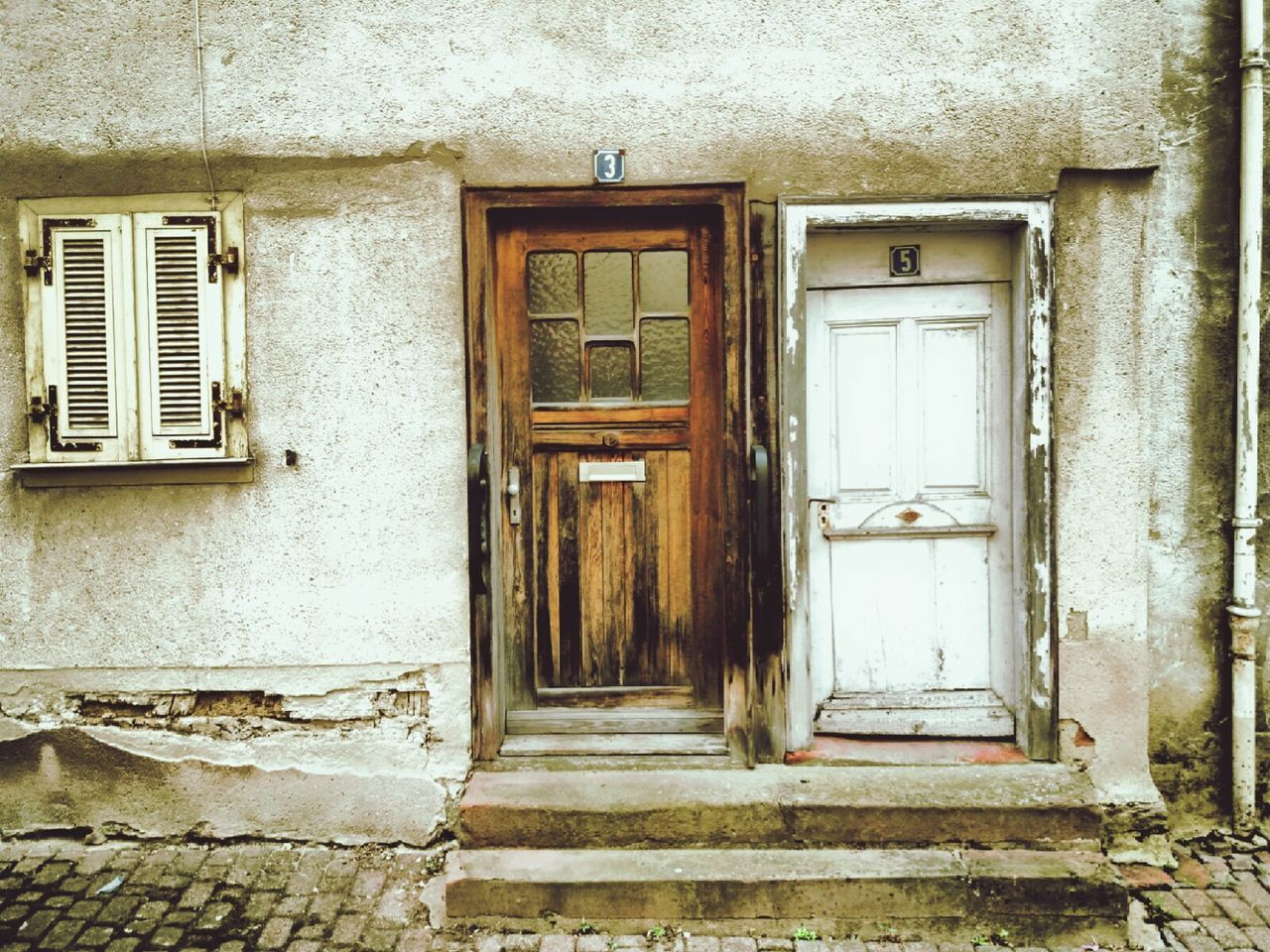 door, architecture, built structure, closed, building exterior, window, no people, house, day, outdoors, doorway, close-up