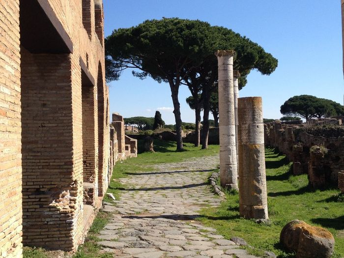 Sightseeing Italy Travel Destinations Sunny Day History Ancient Old Ruin Architecture Day The Past Built Structure Sunlight Outdoors No People Nature Sky Ancient Civilization Grass