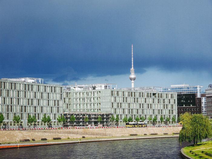 Fernsehturm in Alexanderplatz Berlin Alexanderplatz Berlin Deutschland Fernsehturm TV Tower Architecture Sky Tower