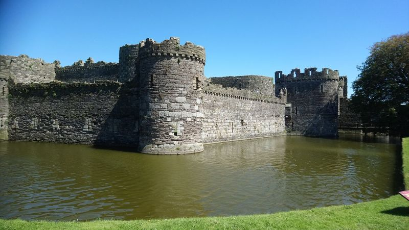 Beaumaris Castle Beaumaris Angelsey Wales Great Britain My Photography Taking Photos Hello World Hi Castle Water Outdoors Day Sony Xperia Sony Xperia Photography. Enjoying The View My Favorite Place