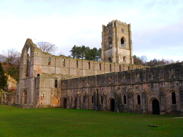 Architecture Building Exterior Built Structure Castle Day December December 2016 Fort Fountains Abbey Fountains Abbey Yorkshire Fountains Abbey, Yorkshire Grass History No People Outdoors Sky Travel Destinations