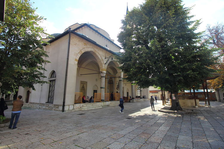 Ghazi Husrev Beg Mosque in Sarajevo Old Town. Bosnia And Herzegovina Ghazi Husrev Beg Mosque Sarajevo Architecture Islam Mosque Muslim Religion Sarajevo Sarajevo Old Town