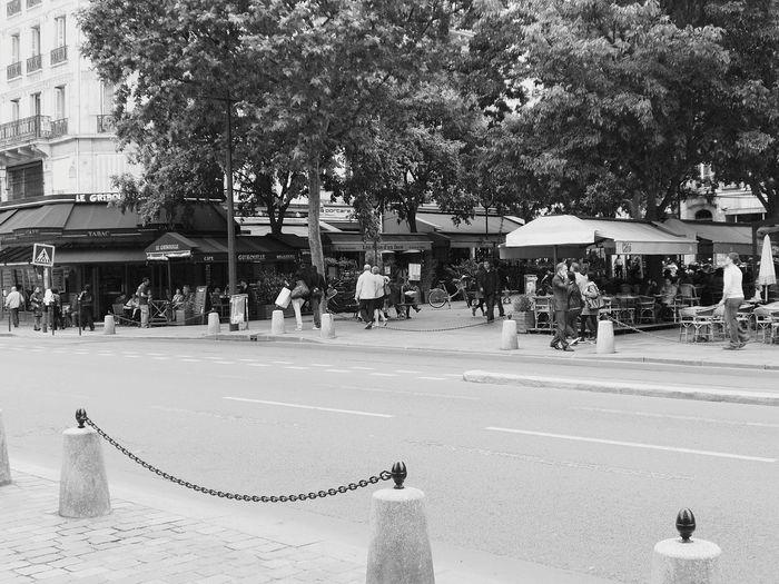 In giro a Parigi Hello World Relaxing Enjoying Life Street Photography Hi! Streetart First Eyeem Photo The Week On Eyem Monumenti_storici Palazzistorici,