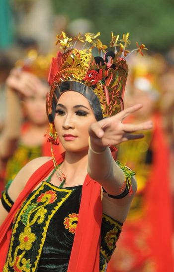 Tari Gandrung Adult Traditional Clothing Beauty Arts Culture And Entertainment Stage Make-up People Make-up Real People Art Jawa Timur Banyuwangi INDONESIA Outdoors Performance Nikon