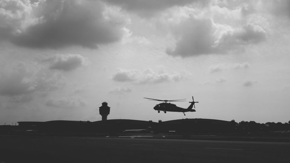 LaGuardia Airport Shades Of Grey Sonyrx100m2 Aviation Helicopter Airport Aircraft NYC
