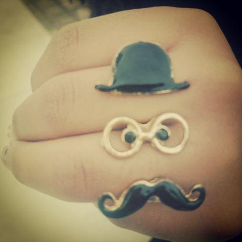 Fernando Pessoa em anel 😜 Ring Crazyring Mustachering Mustache