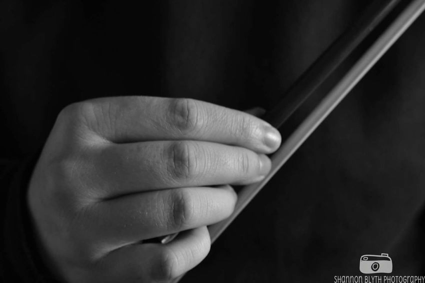 Human Hand Close-up One Person People Adult Indoors  Day Violin Violinist Violin Player Bow Violin Bow Close Up Macro Hand Hands Hand Photography Blackandwhite Black And White EyeEmNewHere