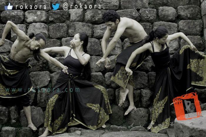 embrio Travel DANCE ♥ Black&white Popu!ar Photos