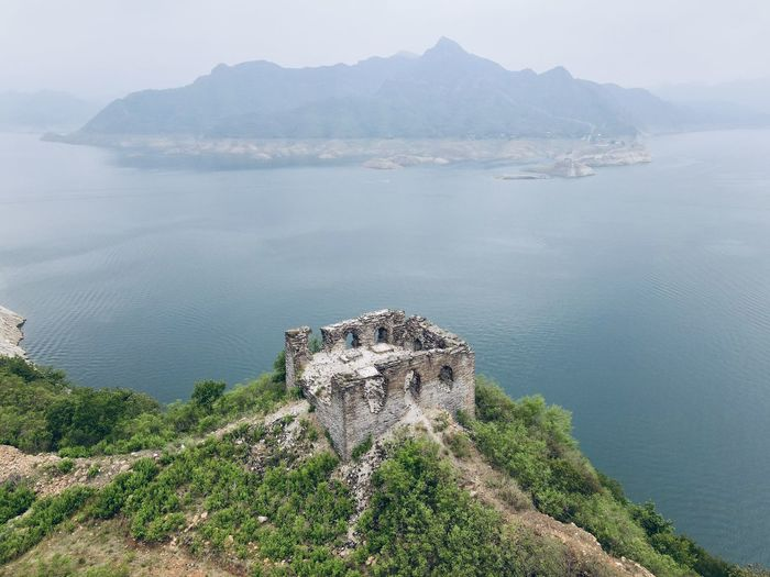 Tower of great wall of china by the lake