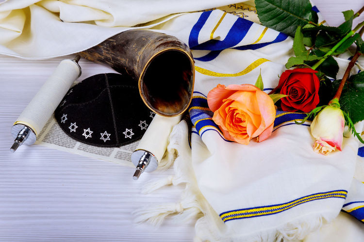Judaism religious services in a synagogue. Torah scrolls and a shofar musical horn, Kippah Passover Passover Food Rosh Hashanah Talith Yom Kippur Floral Pattern Kippah Matza Matzah, Pessah Prayer Prayer Flags  Prayer Shawl Religious Celebration Shavuot Shofar