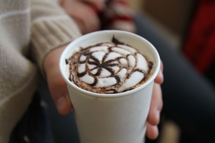 EyeEm Selects Spring Is Coming  Winter Froth Art Cappuccino Human Hand Mocha Frothy Drink Latte Drink Holding Coffee - Drink Coffee Cup Hot Coffee Cup Hot Drink Cafe Macchiato Caffeine Tea Cup Cafe Culture Espresso Tea - Hot Drink