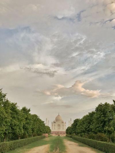 Wah Taj !!! Agra Uttar Pradesh India Tourism Off Beat India India Travel Taj Mahal The Architect - 2018 EyeEm Awards Love Is Love EyeEmNewHere