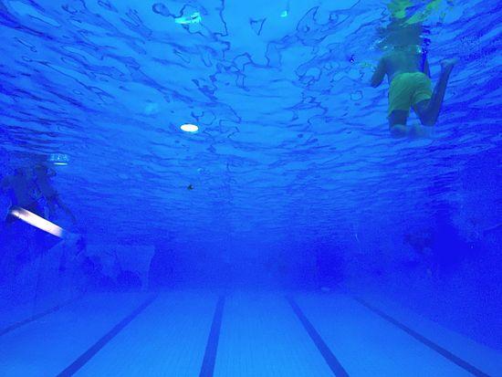Blub Swimming Pool Underwater Blue