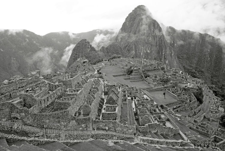 Monochrome image of machu picchu incan citadel, unesco world heritage site in urubamba, peru
