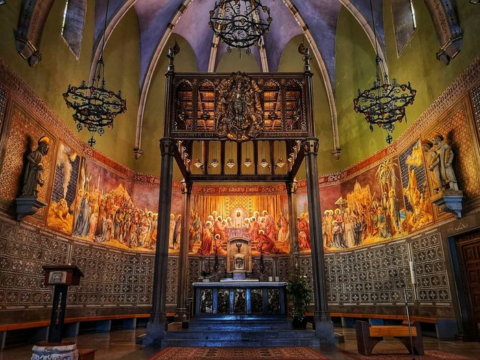 SPAIN Heritage Historic Historicbuilding Monument Monumental  Europe España Lightandshadow Costabrava Catalunha Colours Contrast Archtecture Composition Architecture Fresco Altar Place Of Worship Church Cathedral Christianity Catholicism Chandelier Mural Sculpture Pew Architecture And Art Statue