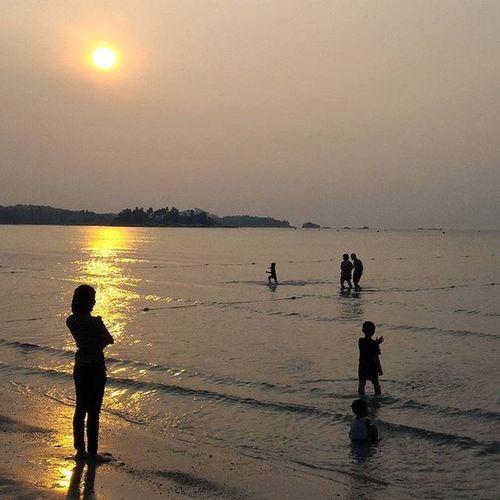 Beauty sunset in Bintan Onassignment Documentary Dailylife SijoriImages 1000kata Pewartafotoindonesia Bintan  Wonderfulkepri  Pod Zenfone Landscape Sunset Hipaae