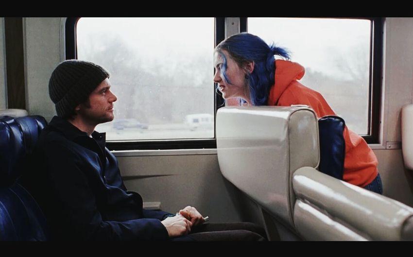 Eternal Sunshine of the spotless mind: Film di una semplicità e profondità disarmante! <3 Eternal Sunshine Of The Spotless Mind Se Mi Lasci Ti Cancello Film Amore Semplicità