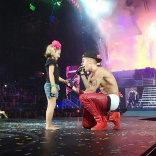 justin and girl on the stages Onelesslonelygirl BELIEVEtour Justinbieber Concert2013 beliebers bieberfans thebiebz @justinbieber