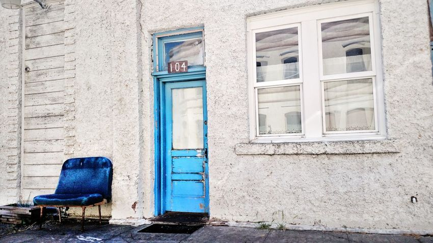 EyeEm Selects The Week Of Eyeem EyeEm Best Shots Blue Door Blue ChairNew Talents Newest Talent Full Frame Best Photos Door Closed Architecture Built Structure Day Building Exterior Outdoors EyeEm Best Shots Somergefühle Breathing Space