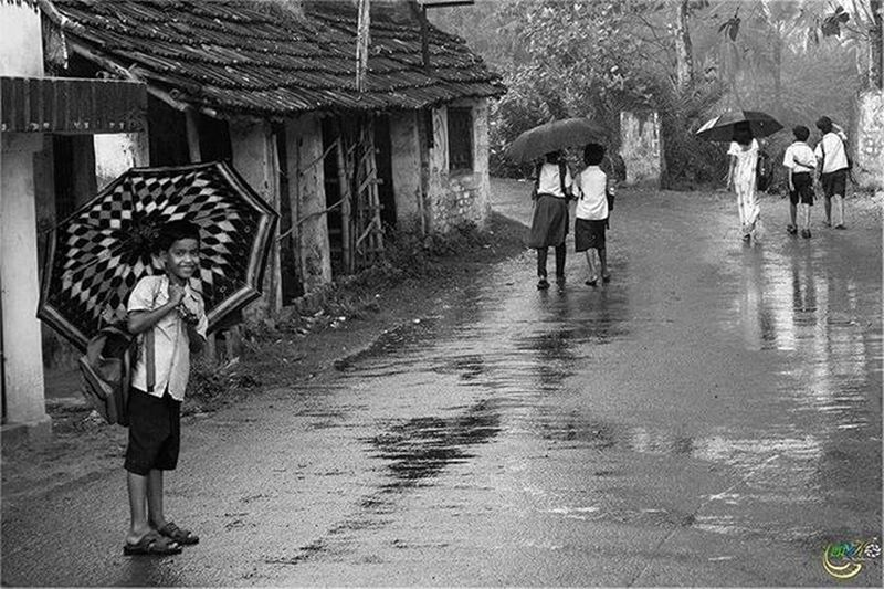 || A Rainy Childhood || Childhood Children Rainfall Onlyinbengal Rurallife  Streetphotography Streetsofcalcutta Photographer Photography Kolkatadiaries Kolkata Bong Bengal _ig_clicks Ig_calcutta IGDaily Ngma Shoot4lava