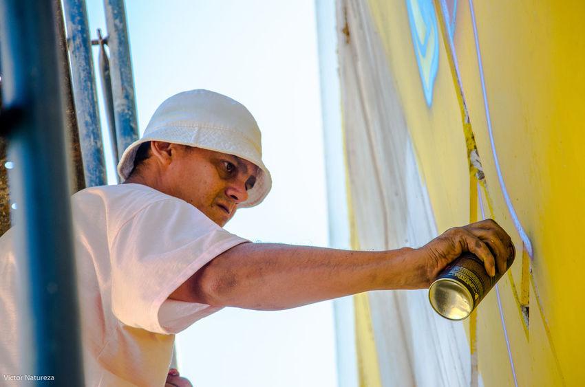 HipHop Arteurbana Luz Sombra Sol City Fotografiaautoral Documentaryphotography Fotodocumental Multi Colored Streetphotography Streetart Architecture Graffiti Pecks ASL