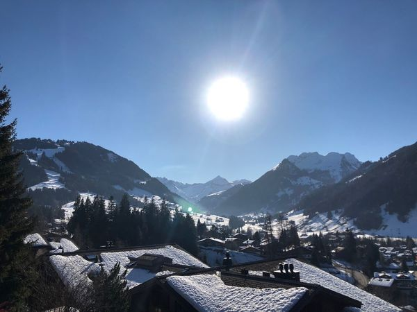 Sunshine 🌞 Sunshine Glowing Sun Glow Glow I❤️Gstaad Bokonie Style Bolonie Art Bolonie Mountain Sun Sunlight Sunbeam Mountain Range Architecture Lens Flare Beauty In Nature Sky Building Exterior Built Structure No People Scenics Nature Clear Sky Day Outdoors EyeEmNewHere Shades Of Winter