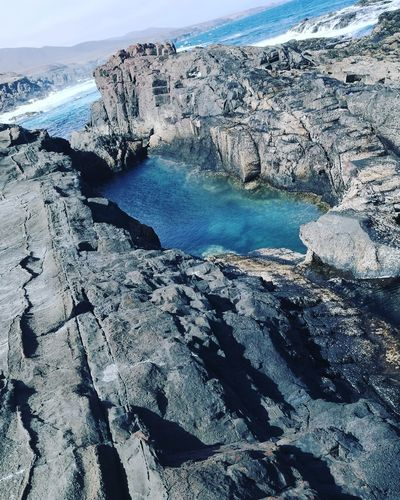 Canarias Island First Eyeem Photo( Fuerteventura) EyeEmNewHere Aguas Verde Natural PoolsFuerteventura images Sea Water Pool Naturalesa Sea Watercolour Wonderful Water Sea Paradise Island Paradise On Earth Paradise ❤