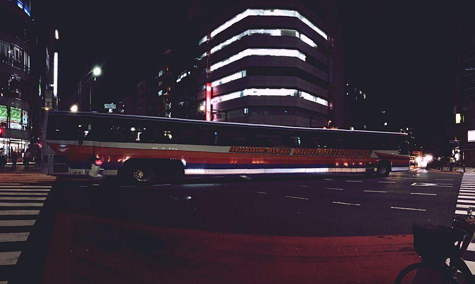 Panorama Long Buss Night Nightphotography Streamzoo Streamzoofamily Streetphotography IPhoneography 一度撮りたかった パノラマ撮り😀👍🏻✨🎵