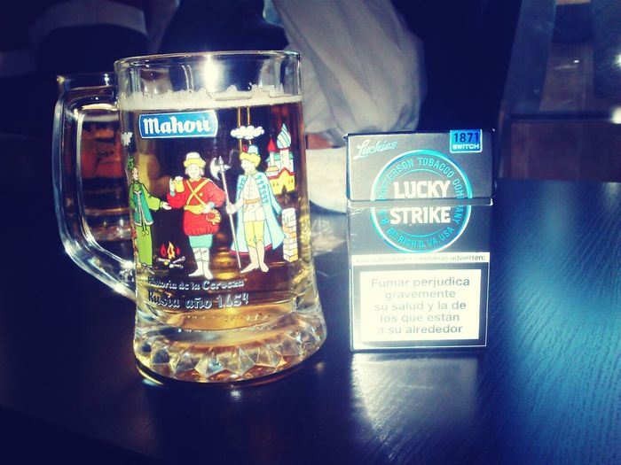 Lucky Strike Menthol y Mahou combo perfecto