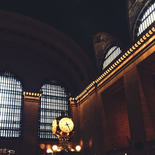 The clock! Grand Central Station NYC Commuting Architecture