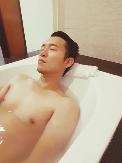 asian guy in bath tub EyeEm Selects Spa Pampering Water Young Women Body Care Beauty Spa Beautiful Woman Health Spa Beauty Domestic Room Hot Tub Shower Head Shower Bathtub Bubble Spa Treatment Wet Hair
