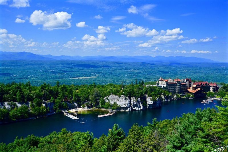 Mohonk Mountain House Mohonkmountain Landscape Landscape_photography Landscapes New York State Mountain View Mountains Old Hotel