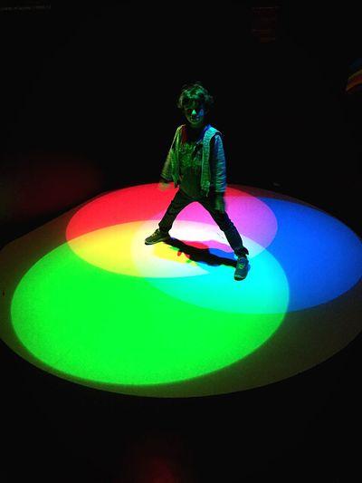 Colors Experiment Paris Palais De La Découverte Child