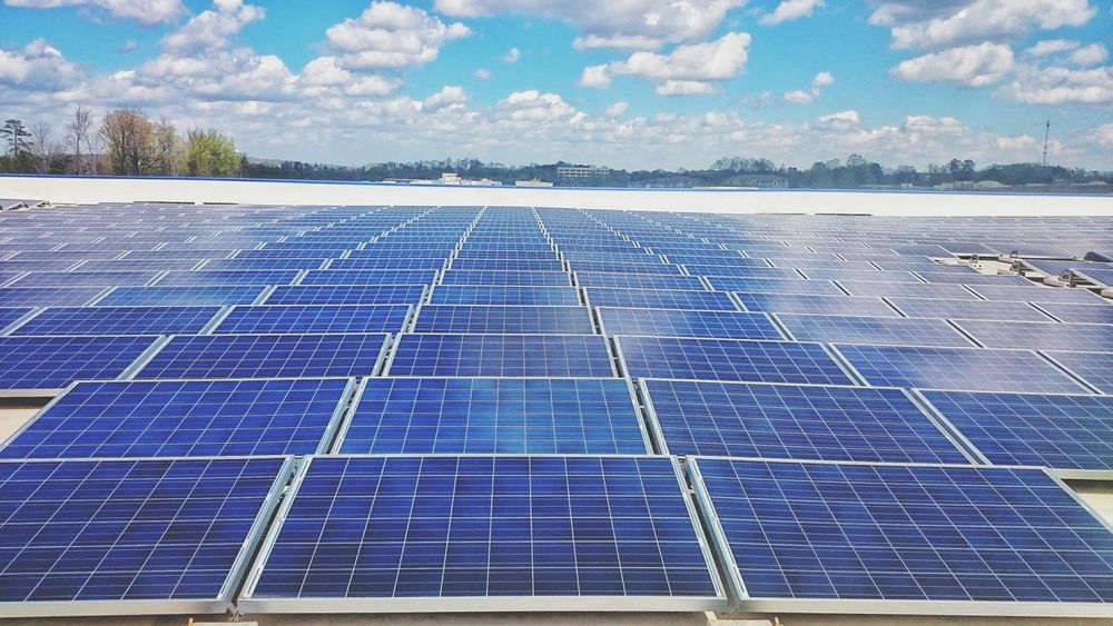 Solar panels on top of Ikea Solar Energy Solar Panel Alternative Energy Reflection Reflections Reflection Photography Cloud Reflections Cloud Reflections... Reflection_collection Sun Cloud - Sky Sky Solar Power Station IKEA Charlotte, NC Dramatic Dramatic Sky Full Frame Urbexphotography Urban