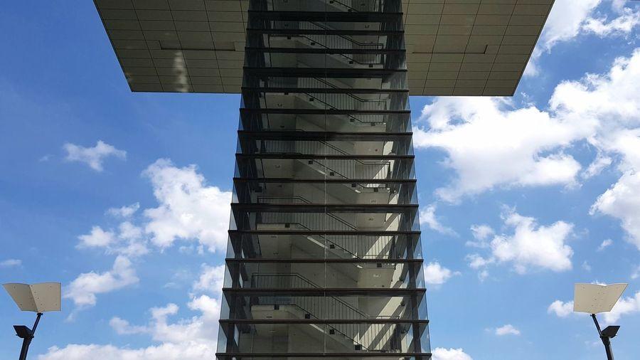 Kranhäuser Cologne Architektur Architecturelovers Architecturephotography Architektur Archtecture Canoma Photography SamsungS8Plus S8plusphotography Architectureporn Sky Architecture Cloud - Sky Office Building Construction Tower
