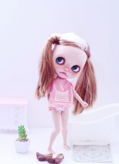 今日はマラソン大会、給食試食会、(今ここ)、授業参観、懇談会…ドール写真で ひと息タイム(*^^*) Blythe Doll Love Like Toys