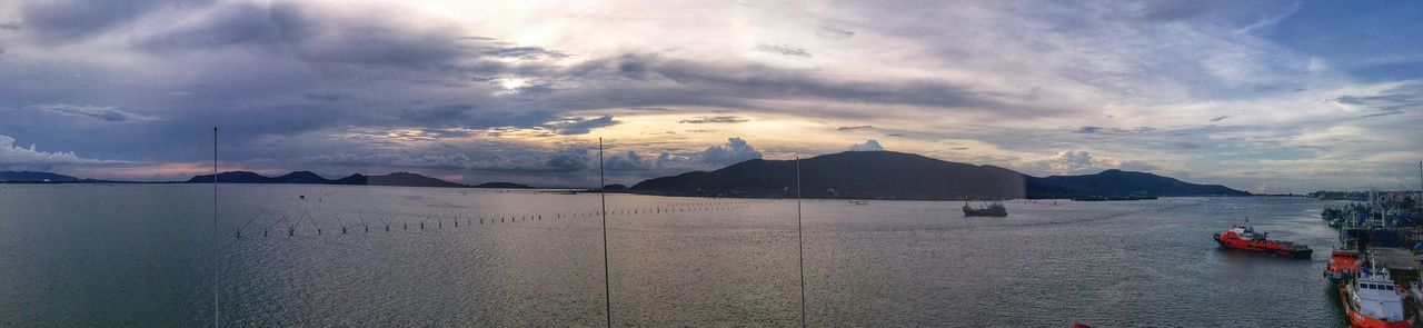 🎶I can see clearly now the rain has gone🎶 Enjoying The Sights Sunset Clouds And Sky Jetty Area LG G3