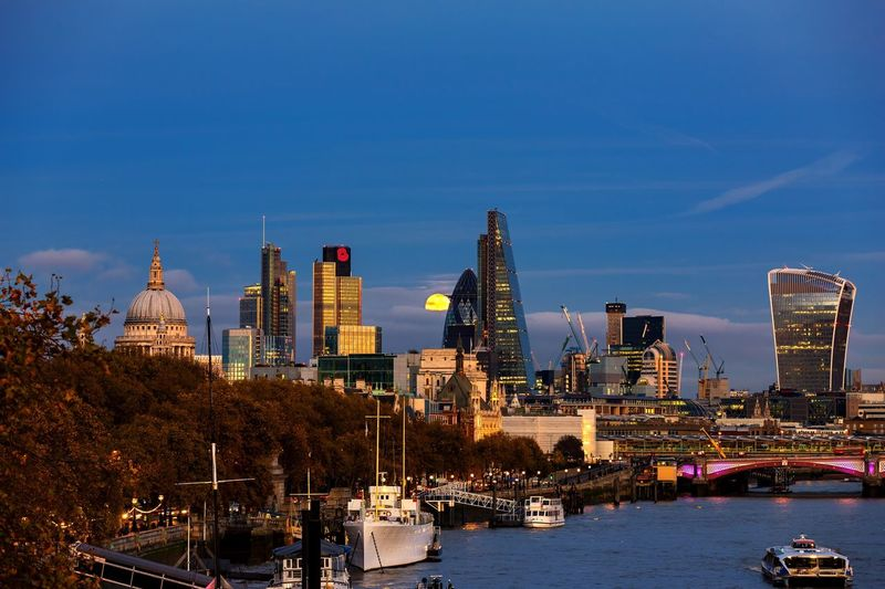 London at moonrise Super Moon In Super London 2016 LONDON❤ City Uk Moonrise Skyline St. Paul's Cathedral The Gherkin Building WalkieTalkie The Cheesegrater Building River Thames Blackfriars Bridge Heron Tower Tower 42 My Year My View United Kingdom The Great Outdoors - 2017 EyeEm Awards