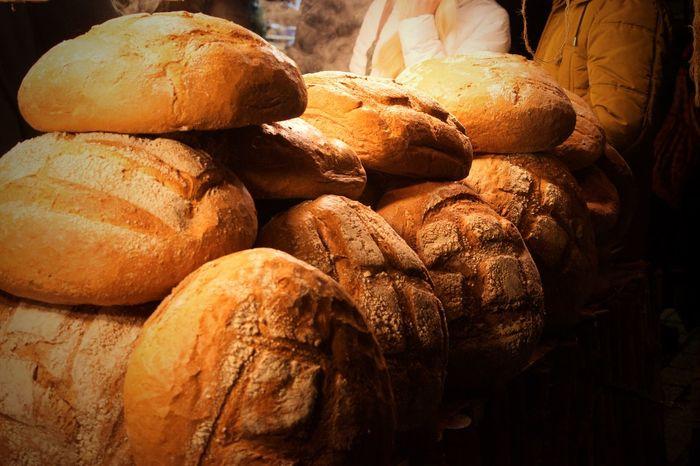 Bread at Kraków Xmas Market Christmas Market Xmas Market Poland Krakow Bread Loaf Of Bread Bakery Food Baked Food And Drink Baking Bread Freshness Close-up