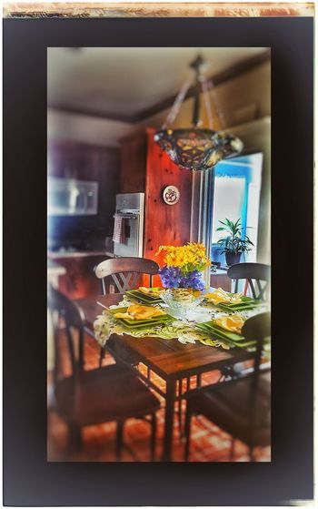 Indoors  No People Table Top Photography Centerpiece Wood - Material Table Flowers Of EyeEm Peace And Tranquility Beauty In Ordinary Things Flowerpower! Indoors  Bouquet Kitchen Table Setting Tablesetforfour IndoorPhotography Neon Life Breathing Space