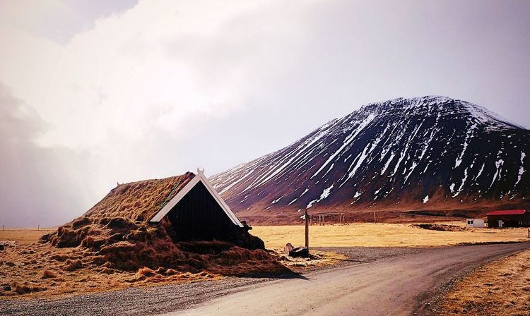 EyeEm Selects Sand Sky Cloud - Sky Nature Outdoors No People Beauty In Nature Day Mountain Architecture Hobbit House Traditional Architecture Tranquil Scene New On Eyeem Wanderlust Worldtraveler Solitude And Silence Iceland