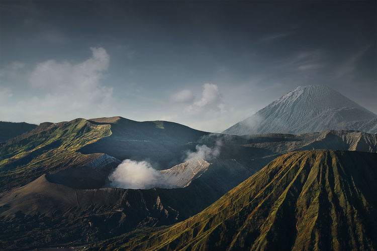 A true peacefulness  panoramic view of volcanic mountain against sky