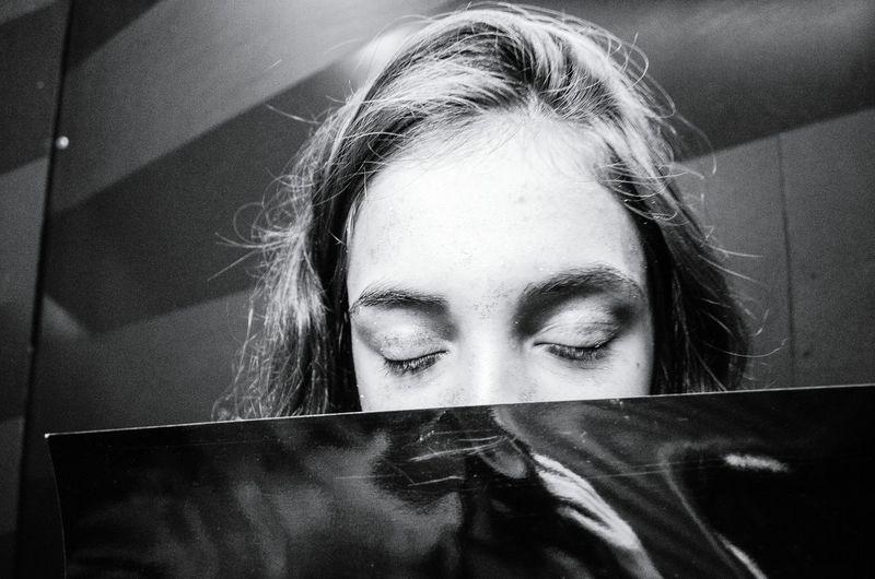 Girl Beauty Monochrome Emotions Feelings Blackandwhite Teenager Love