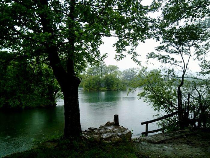 Beautiful river Una, Bihac city, Bosnia&Herzegovina First Eyeem Photo RiverUna Bihac Pritoka Riverside River View Trees Rainallday Rainy Mood Hidden Gems