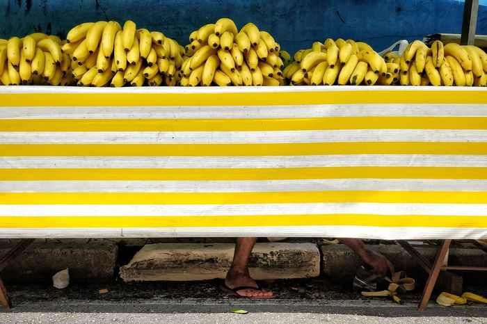 Banana Farmers Market Yellow For Sale Market Stall Street Market Farmer Market Raw Market Market Vendor Price Tag Shop