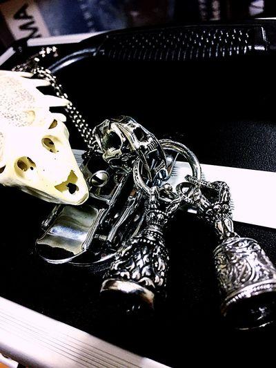 Zócalo ソカロ サーベルタイガー ベル すっぽん 骨 骸骨 頭蓋骨 Silver  Silver925 Silver950 シルバー シルバーアクセサリー Silveraccessories アイビー アクセサリー お気に入り ペンダントトップ