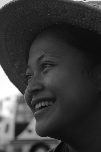 smile Beautiful Woman Close-up Clothing Emotion Focus On Foreground Happiness Hat Headshot Human Face Leisure Activity Lifestyles Looking Looking Away One Person Portrait Real People Smiling Toothy Smile Women Young Adult Young Women