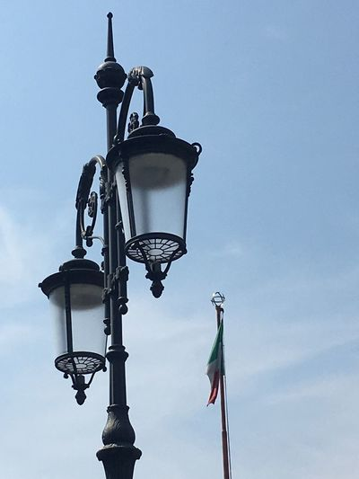 Showcase July Street Lamp Street Lamp Collection Wrought Iron Tricolore Italy Sky