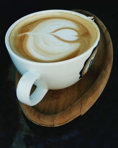 Goodmorning EyeEm  Morning Coffee Heart Caffeineaddict Barrista Barrister Coffee Art Caffè Latte Sumi Friday Favorites