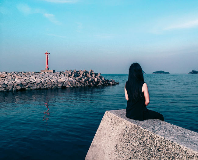// time passing by // AMPt_community Beauty In Nature Blue Day Fine Art Photography Girl Power Horizon Over Water Idyllic Japan Journey Leisure Activity Lifestyles Minimalism Nature Ocean Outdoors People People Of EyeEm Shootermag Tranquil Scene Water Women Who Inspire You